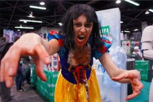 wondercon-cosplay-zombie-snow-white