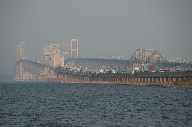 800px-Chesapeake_Bay_Bridge_2