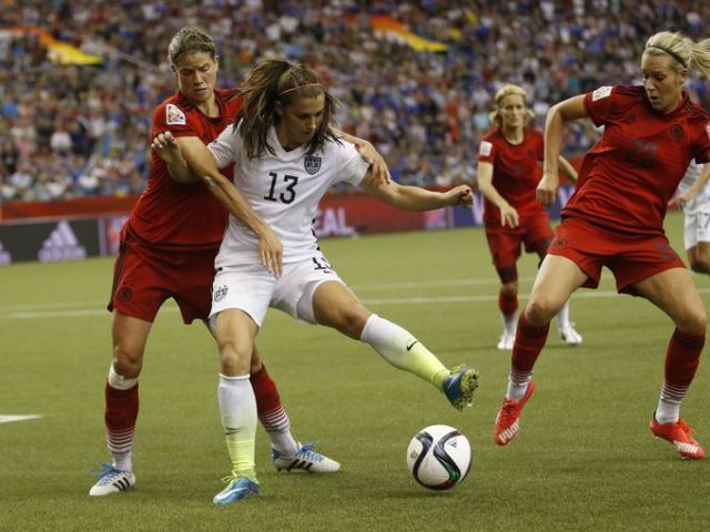 635712915633895698-USP-SOCCER-WOMEN-S-WORLD-CUP-SEMIFINAL-UNITED-STA-74189520