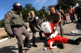 Santa-Arrested-Video